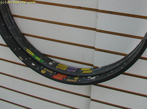 "NOS MAVIC MA3 RIMS 28/"" 700c 32H VINTAGE CLINCHER 90s ROAD RACING BIKE BLACK NEW"