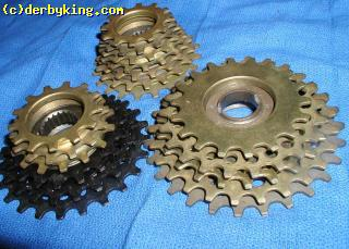 REGINA  COGS  ON  5,  6, AND  7  SPEED   FREEWHEELS